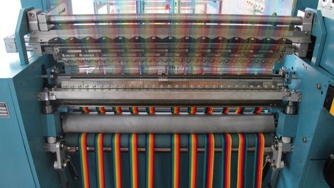 Raschel Çok Renkli Şerit Örme Makinesi 768